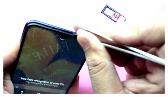 How to Open a Samsung A 10 Phone Cover